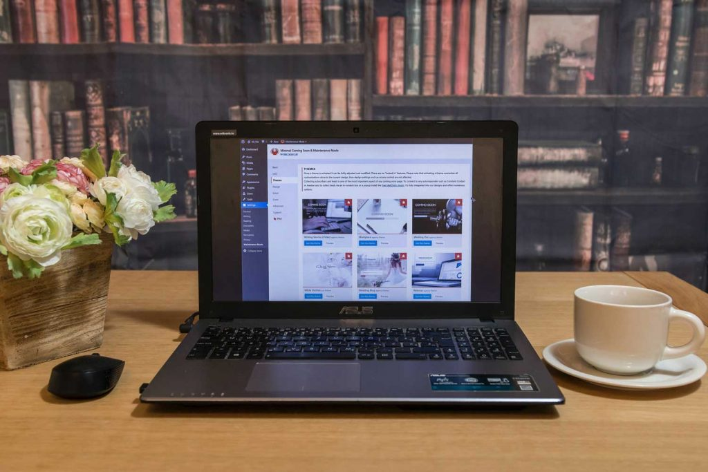 Wordpress website backend Displaying in the laptop screen